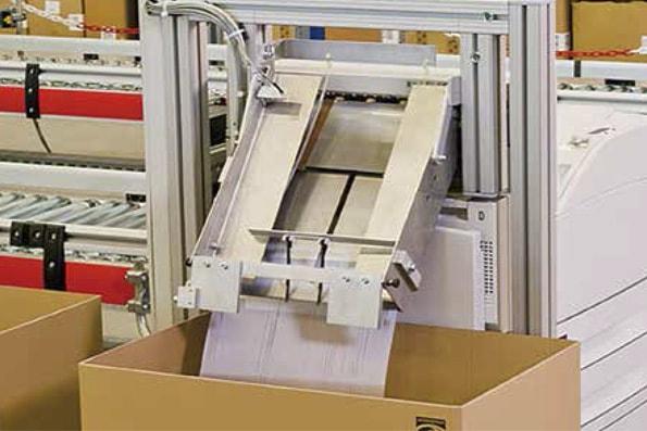 Sistemas de alimentación de documentos y etiquetado